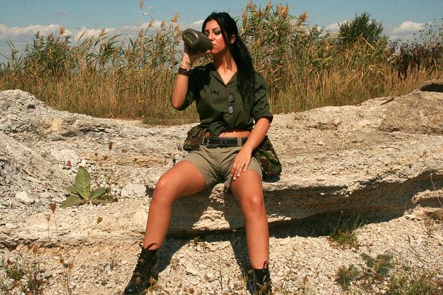army móda