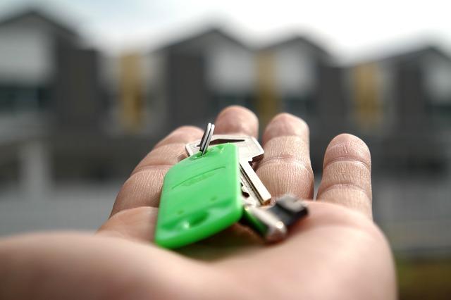 štítek na klíče