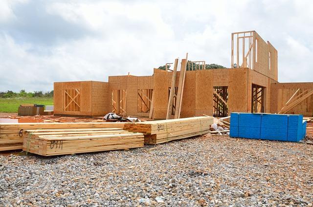 dřevo na dům